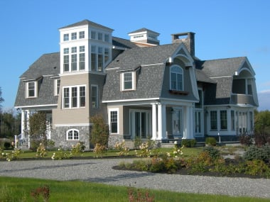 Builder traditional New England architecture new-old homes